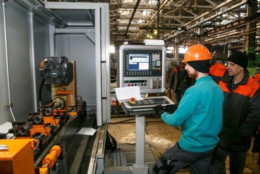Новый немецкий станок LOCH запущен на Дружковском машиностроительном заводе